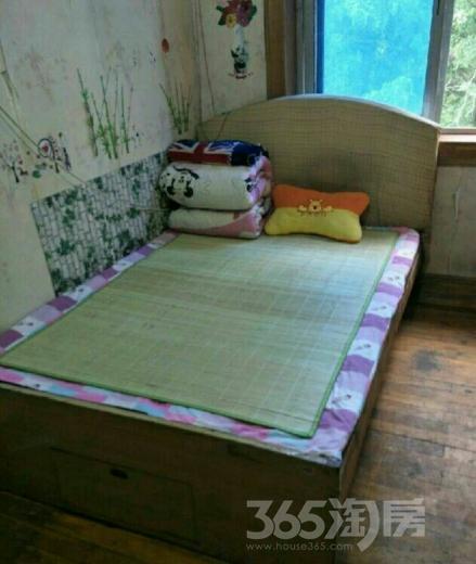 绩溪路银行宿舍3室1厅1卫80平米整租中装