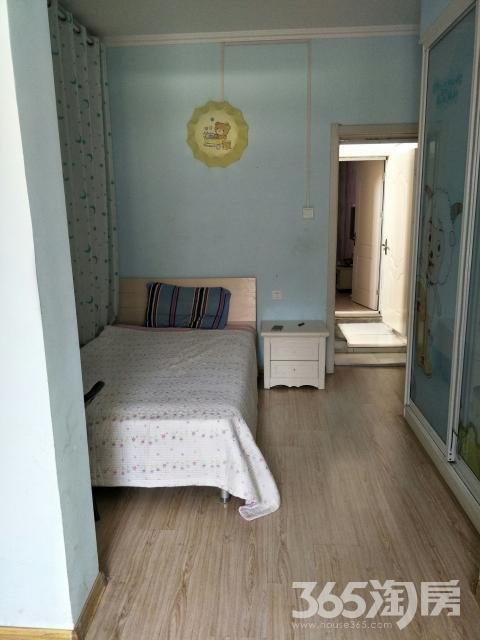 洗布山花园4室2厅1卫180平米整租精装