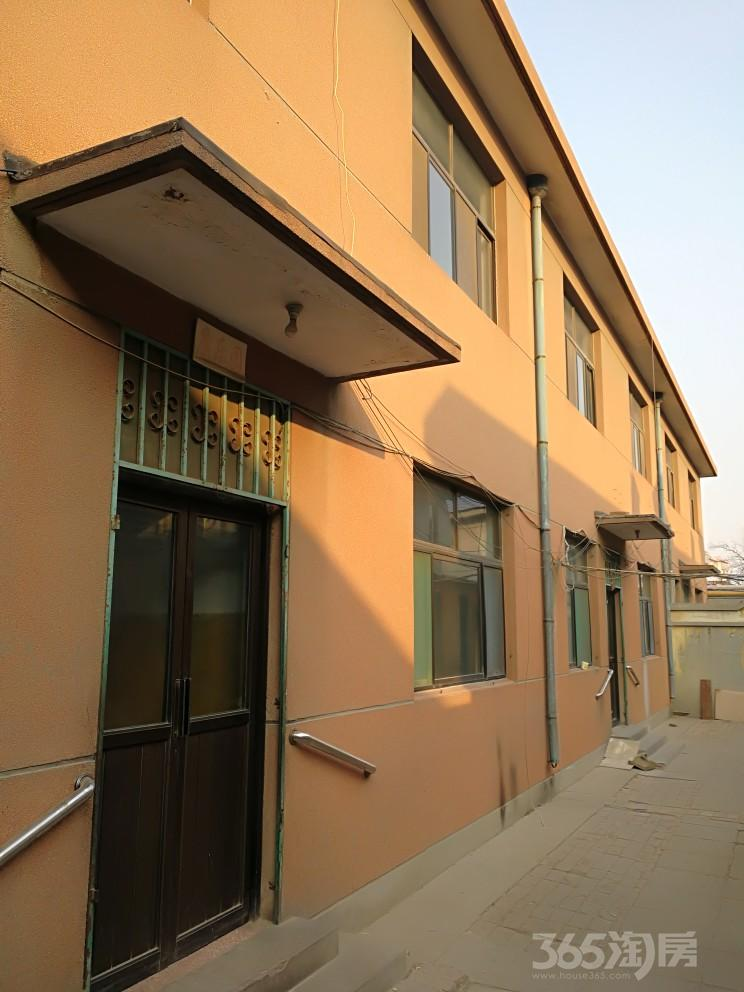 新湖北路永盛家具二展厅东邻10室10厅6卫700平米整租简装