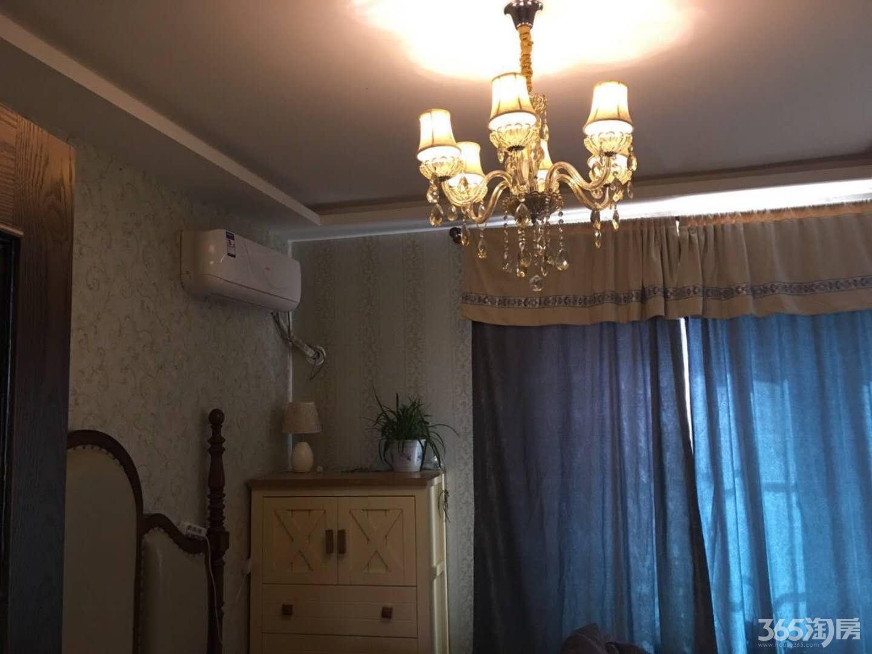 高低世纪城豪华装修家具家电齐全