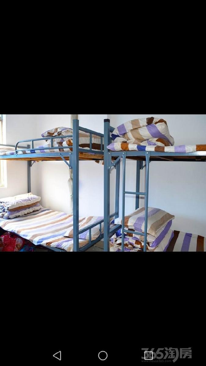 珠江路10号3室1厅1卫52平米合租简装