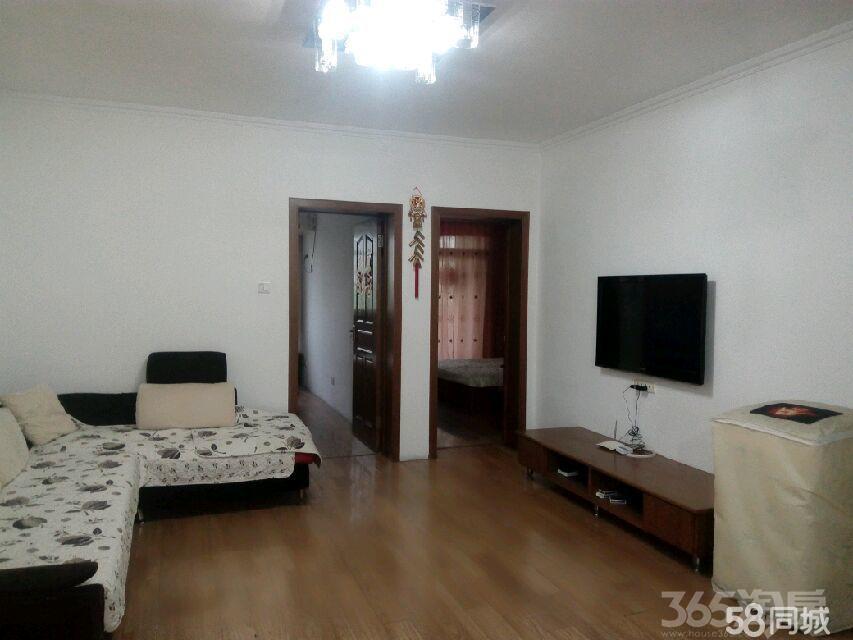 高新家园3室1厅1卫93�O整租中装