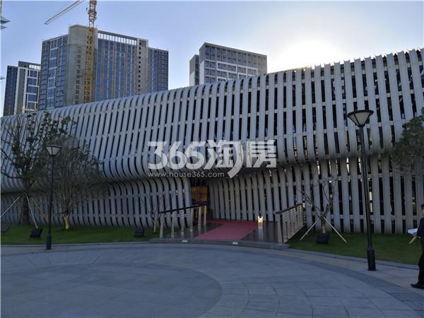 弘阳时代中心售楼处入口实景图(1.3)