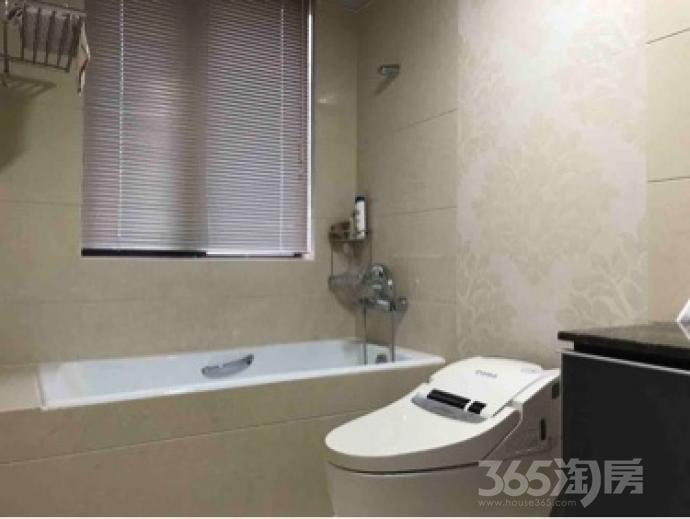 3室2厅2卫143平米整租