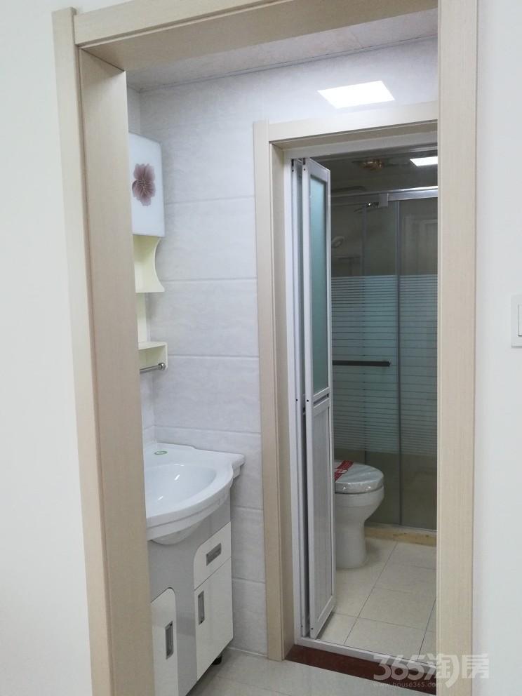 景山名门2室2厅1卫73平米2013年产权房精装