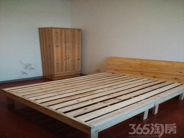 仙林悦城3室2厅2卫120�O整租精装