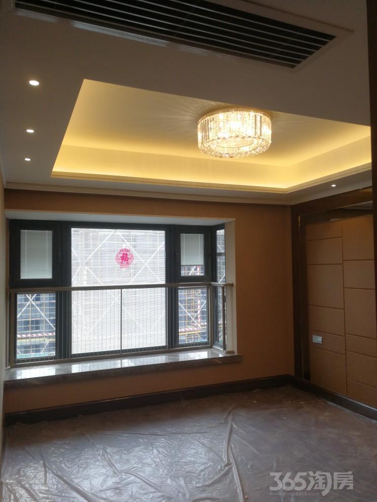 恒大龙珺3室2厅2卫128平米2018年产权房豪华装