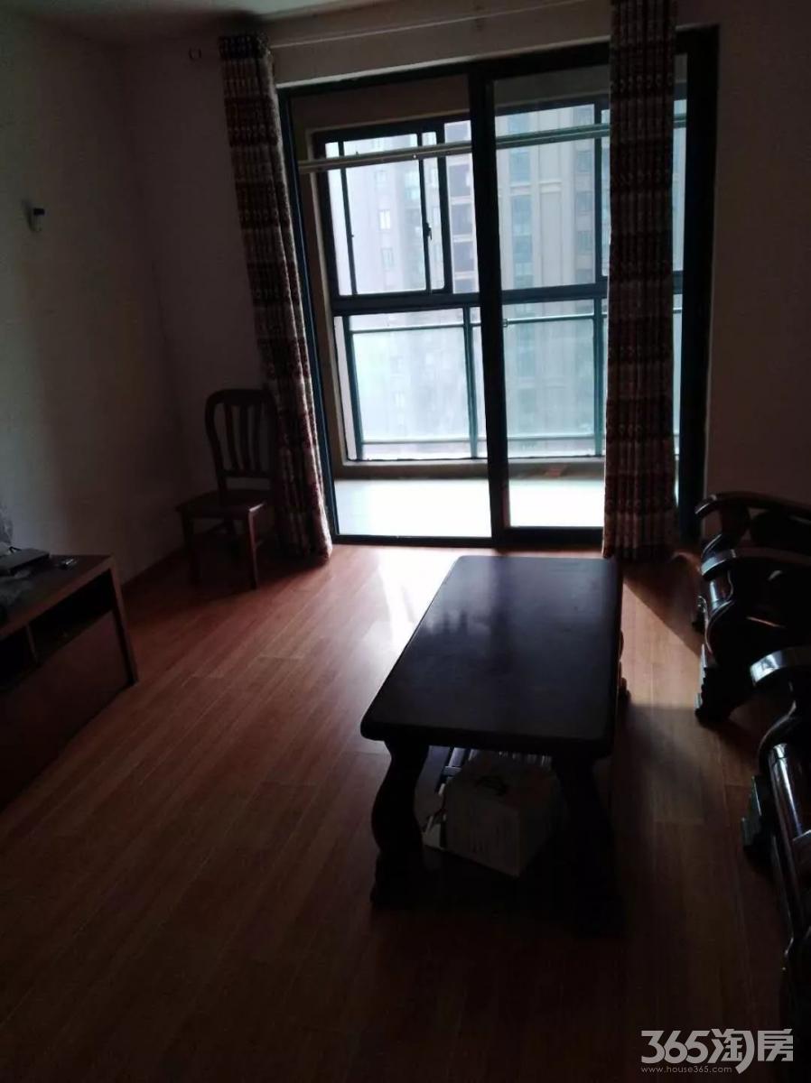 张家山领秀城113平方3*2全装,全设施,1600元一月