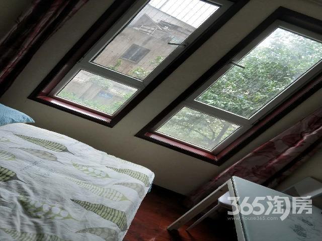 荣城小区1室1厅1卫30㎡转租精装