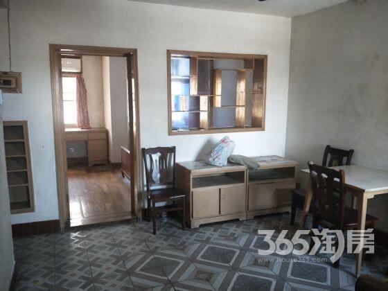 西洋里2室2厅1卫59平方产权房简装