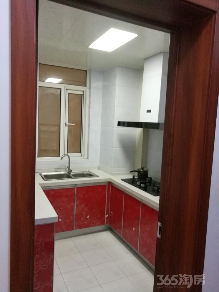 仙林悦城2室2厅1卫82平米2012年产权房简装