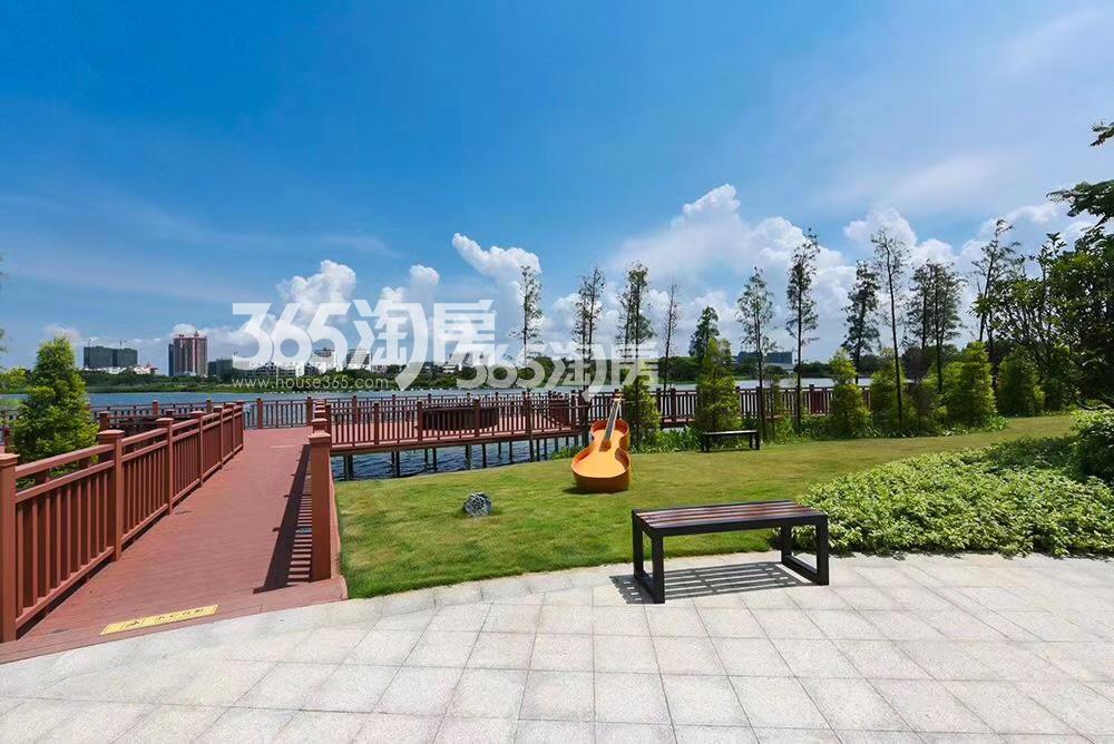 中电·春海湖实景图