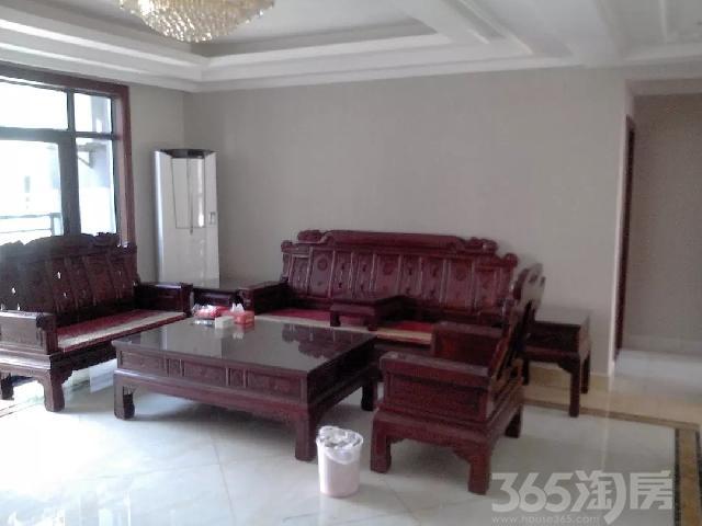 上峰华府3室2厅2卫138�O2015年产权房豪华装