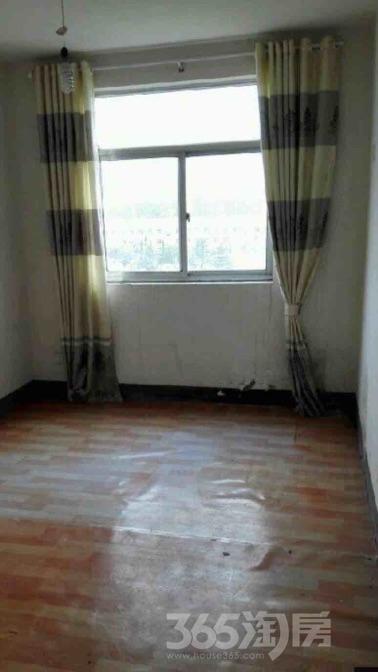 山南新村4室2厅2卫143平米毛坯产权房2010年建满五年