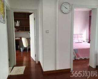 湖畔天城 精装两房 全实木地板 高档家私 随时看房