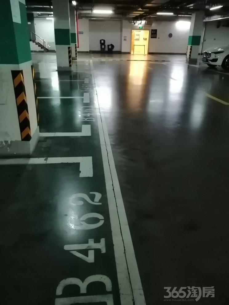 仁恒江湾城一期13.28平方米41万元