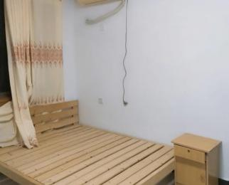 留下西苑,两室套房,首月折扣半价1250!!配置全拎