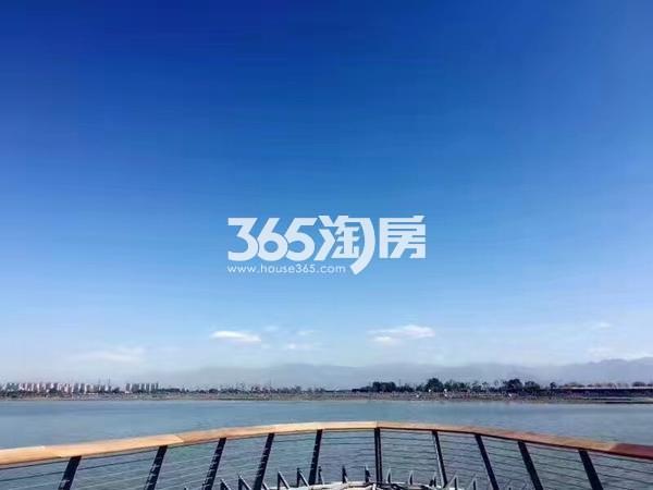 中建昆明澜庭周边配套昆明池(2017.8.01)
