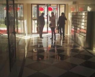 新华联梦想城3室2厅1卫89平米2015年产权房豪华装