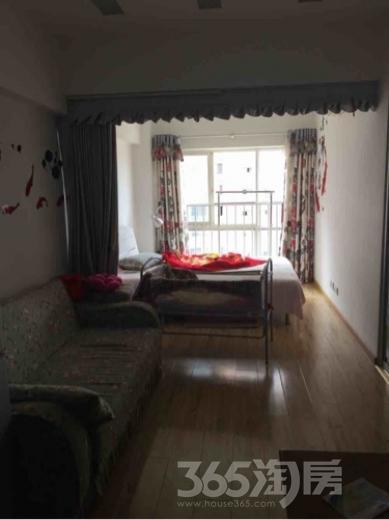 泰鑫城市星座1室1厅1卫44平米精装使用权房2012年建