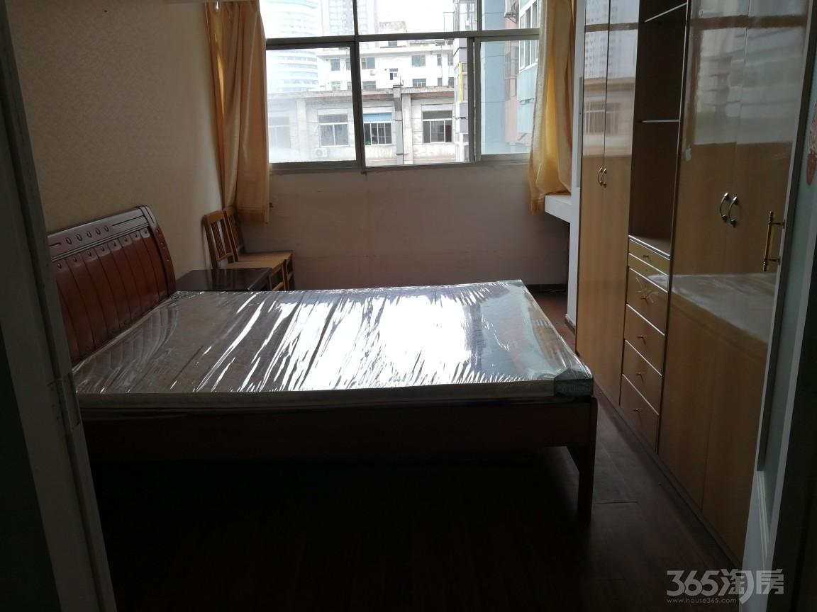 边防局家属院2室2厅1卫60平米整租中装