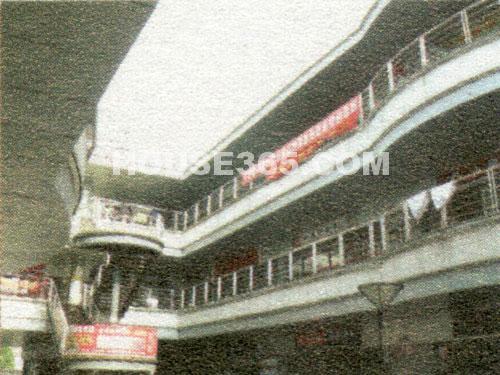 大学城中央商业街效果图