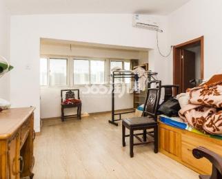 泰来苑4室4厅3卫180平米精装产权房2006年建