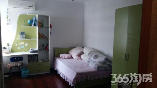 红旗园5室2厅2卫155平米2007年产权房精装