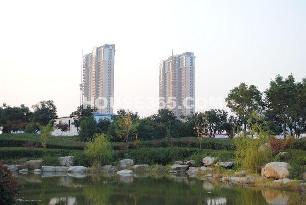 蠡湖一号2期高层实景图(2012.11.13)