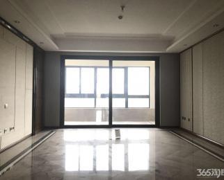 奥体 仁恒江湾城天成 精装五房 小区环境优美 设施齐全 拎