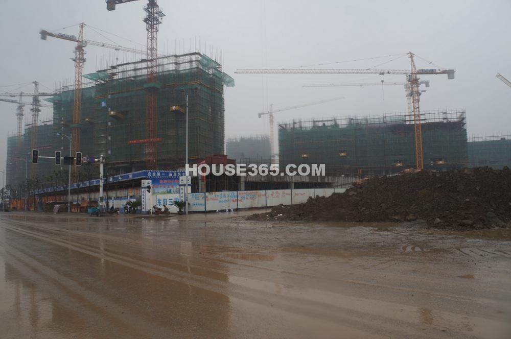 雅居乐滨江花园在建楼栋(1.11)