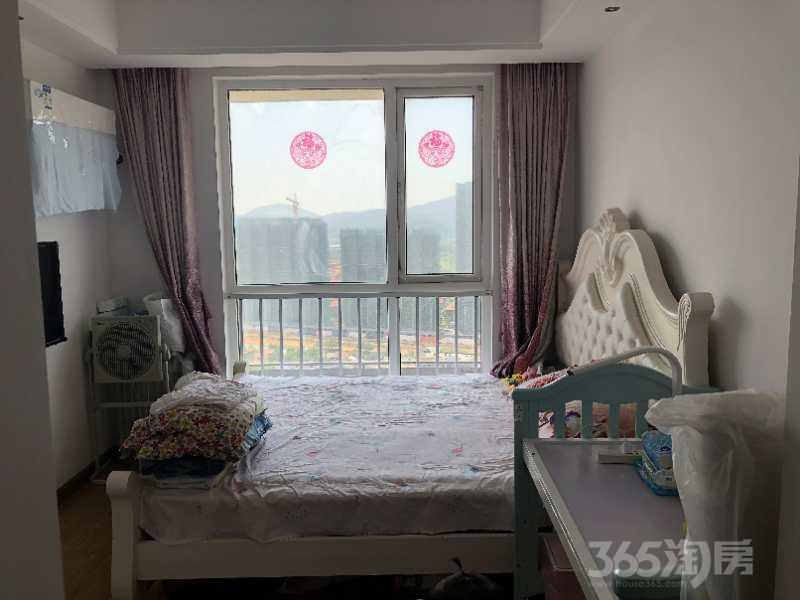 句容仙林悦城2室2厅1卫64平米2015年产权房精装