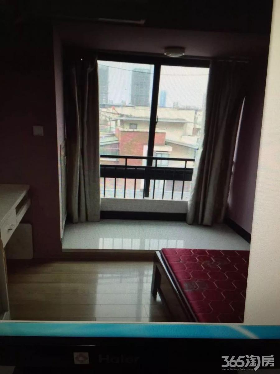 中央城C区单身1室1厅1卫45㎡整租精装
