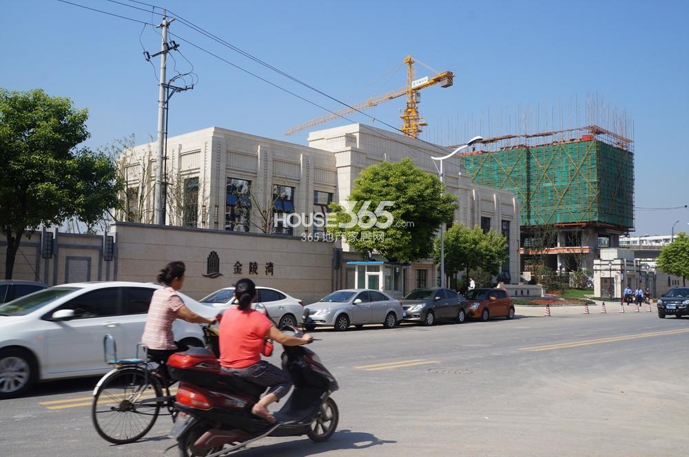 恒盛金陵湾售楼处位于郑和南路(10.15)