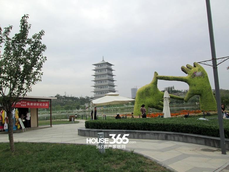 世园大公馆周边长安塔(20130829)
