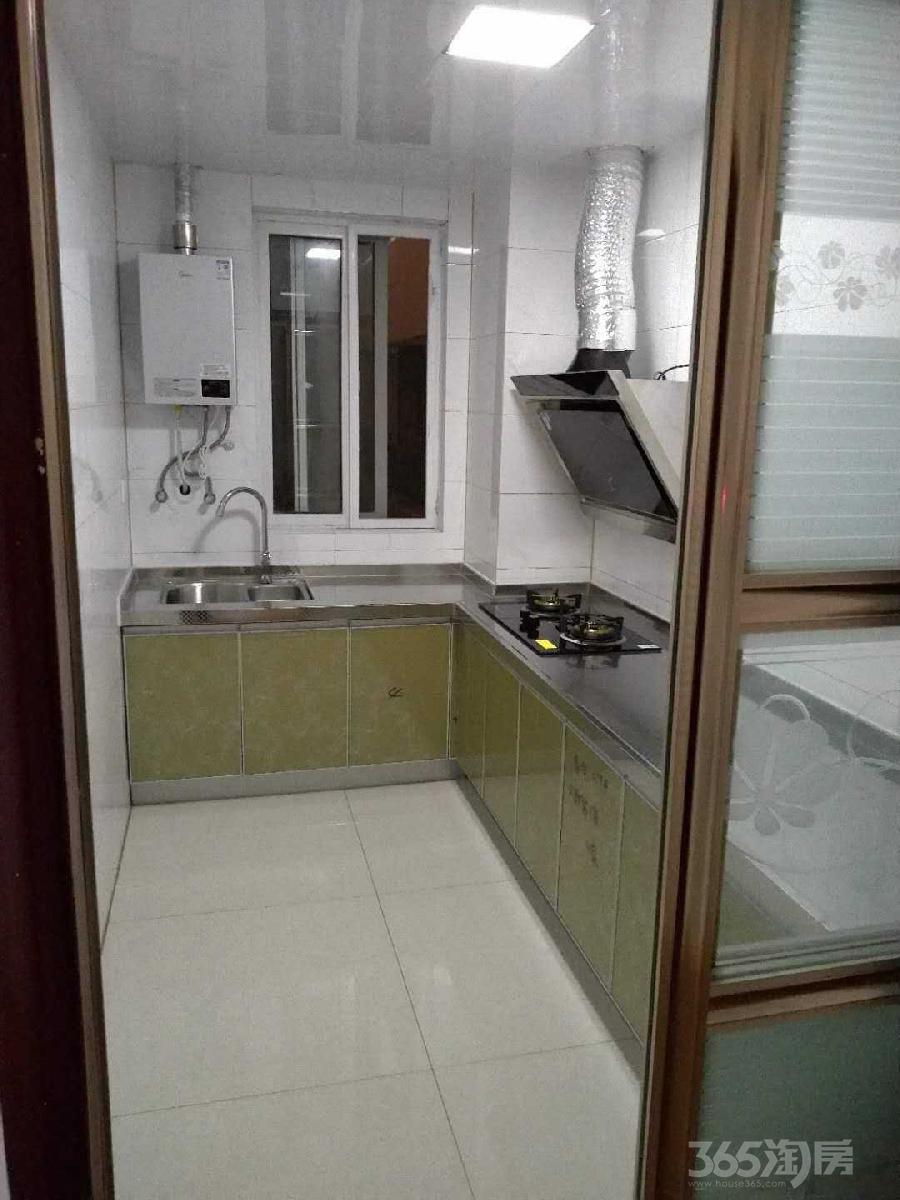 金色年华3室2厅1卫105平米整租简装