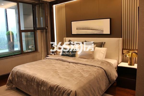 富力运河十号155平小高层样板间卧室
