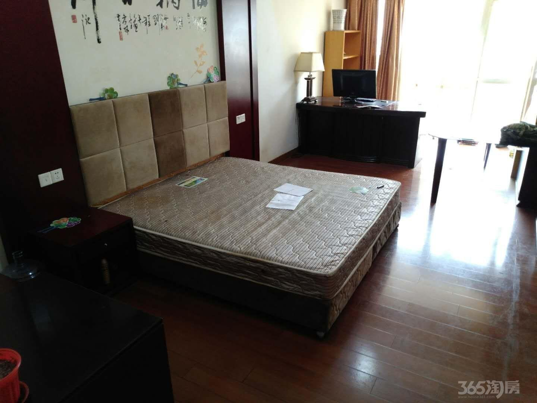 金山大厦3室2厅1卫144平米整租精装