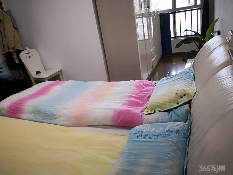 仙林悦城3室2厅2卫112平米2013年产权房精装