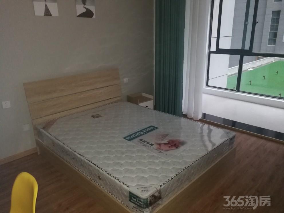 天珑广场4室1厅2卫18平米合租豪华装