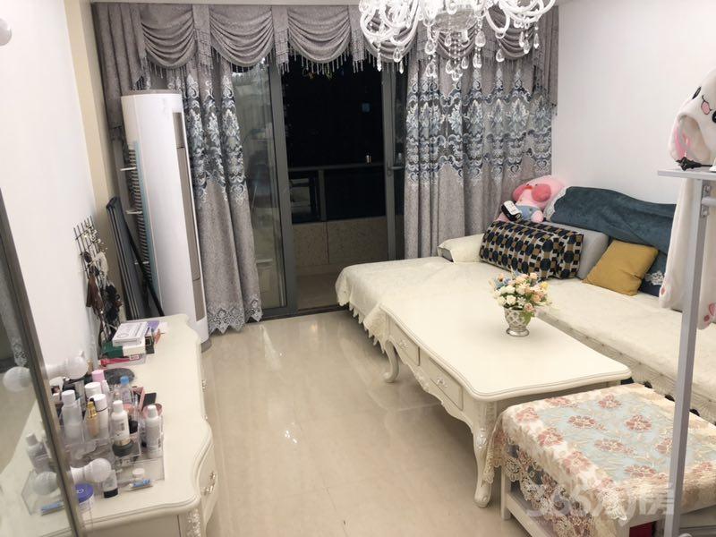 伟星金域蓝湾2室2厅1卫88平米2016年产权房精装