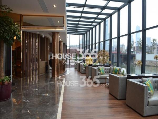 绿地西水东中央生活区新售楼处休憩区(2014.2)