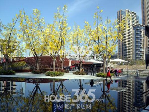 绿地西水东中央生活区新售楼处实景图(2014.2)