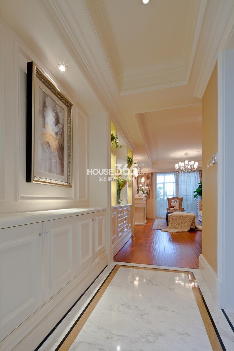 样板房——客厅过廊