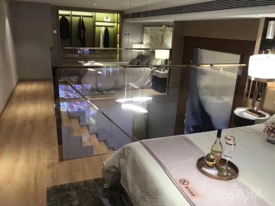 未来科技城宝龙广场买一层送一层精装修双钥匙户型公寓
