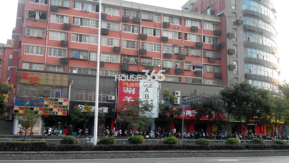 中电颐和府邸就在迈皋桥商圈内(10.22)