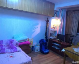 小市街161号3室1厅1卫99.8平方产权房精装