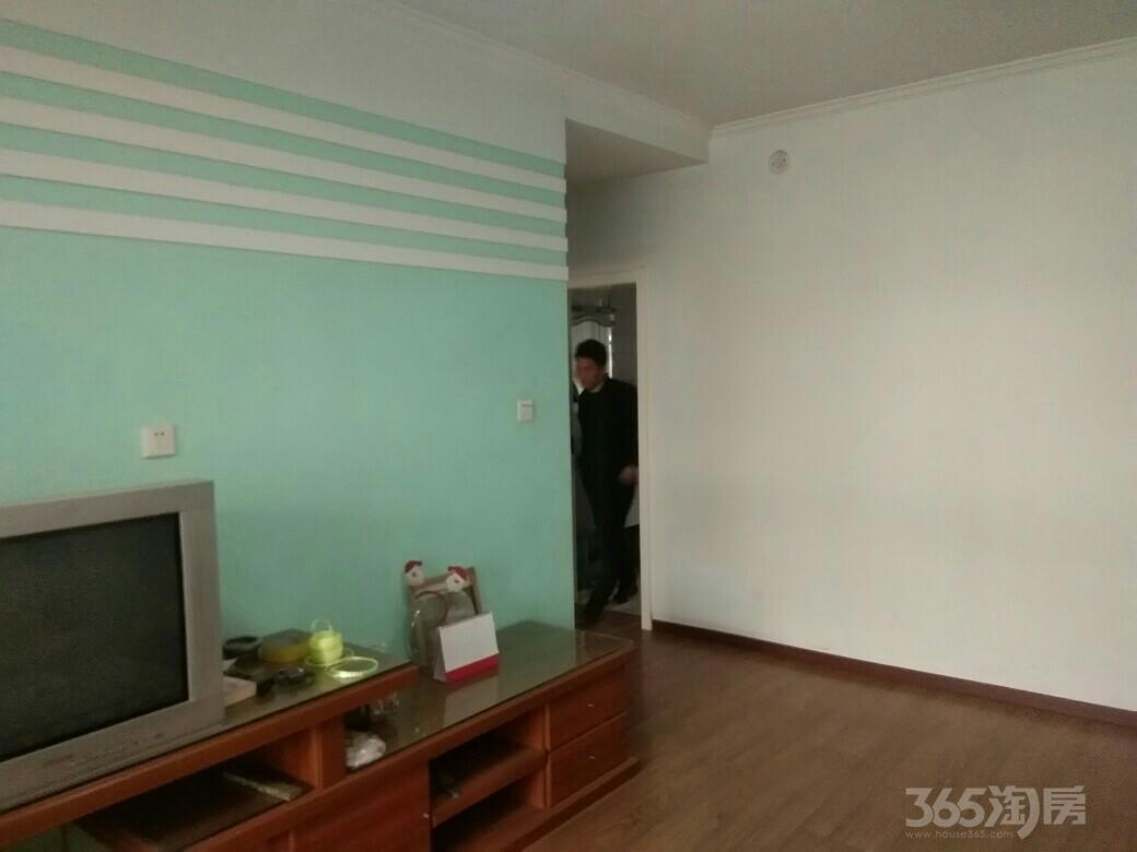 丰华街公安小区3室2厅1卫123平米2000年产权房精装