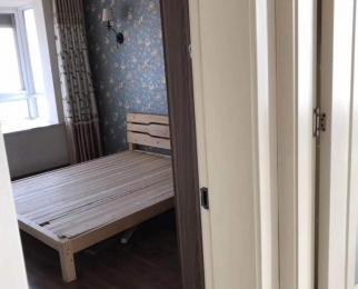群盛北江豪庭4室2厅2卫145平米精装合租