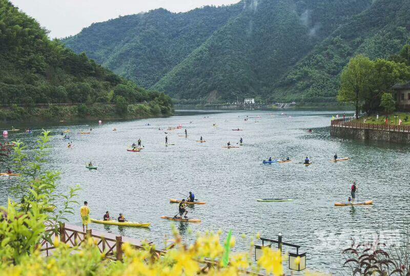 千岛湖一线湖景房康美家园石林镇总价37万起送菜地